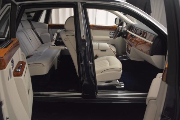 Used 2011 Rolls-Royce Phantom for sale Sold at Rolls-Royce Motor Cars Greenwich in Greenwich CT 06830 18