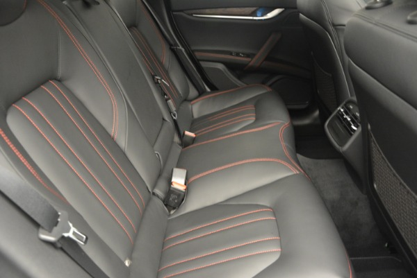 Used 2016 Maserati Ghibli S Q4  EX-LOANER for sale Sold at Rolls-Royce Motor Cars Greenwich in Greenwich CT 06830 23