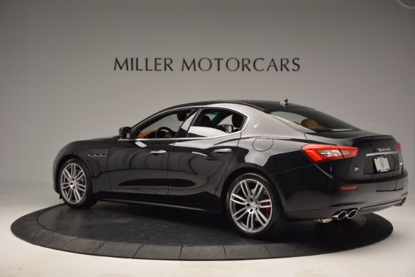 Used 2017 Maserati Ghibli S Q4 for sale Sold at Rolls-Royce Motor Cars Greenwich in Greenwich CT 06830 4