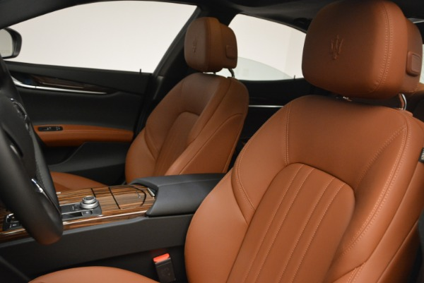 Used 2017 Maserati Ghibli S Q4 for sale $44,900 at Rolls-Royce Motor Cars Greenwich in Greenwich CT 06830 13