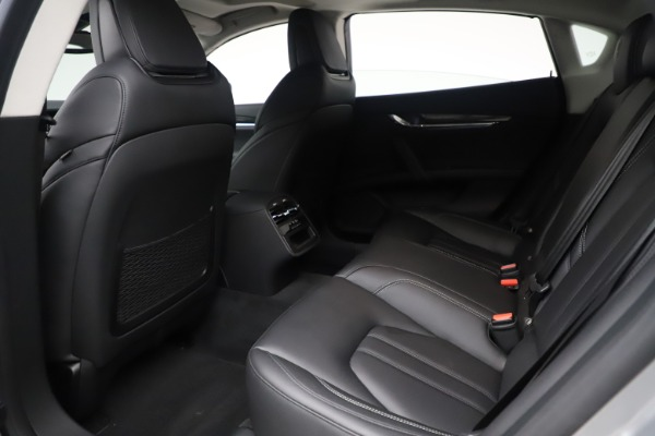 Used 2017 Maserati Quattroporte S Q4 GranSport for sale $59,900 at Rolls-Royce Motor Cars Greenwich in Greenwich CT 06830 18