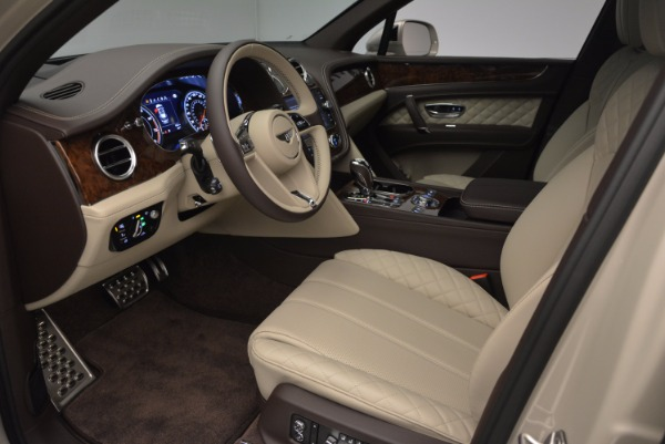 Used 2017 Bentley Bentayga for sale Sold at Rolls-Royce Motor Cars Greenwich in Greenwich CT 06830 19