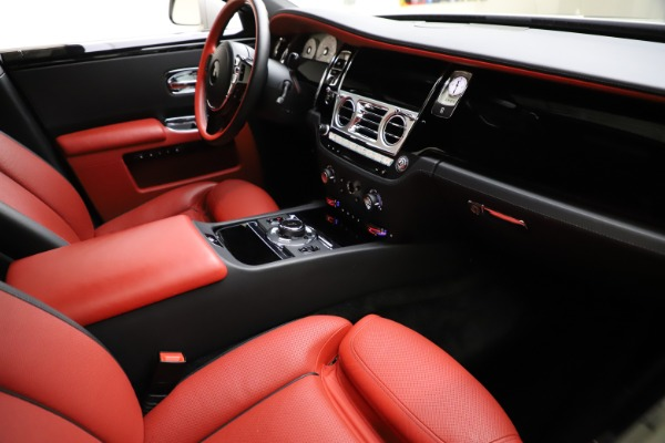 Used 2017 Rolls-Royce Ghost for sale $209,900 at Rolls-Royce Motor Cars Greenwich in Greenwich CT 06830 17