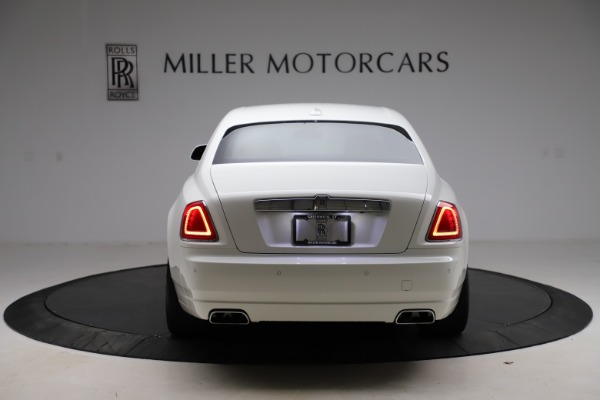 Used 2017 Rolls-Royce Ghost for sale $209,900 at Rolls-Royce Motor Cars Greenwich in Greenwich CT 06830 7