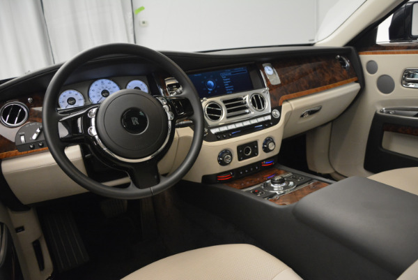 Used 2013 Rolls-Royce Ghost for sale Sold at Rolls-Royce Motor Cars Greenwich in Greenwich CT 06830 18