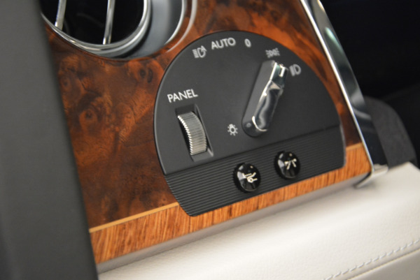 Used 2013 Rolls-Royce Ghost for sale Sold at Rolls-Royce Motor Cars Greenwich in Greenwich CT 06830 27