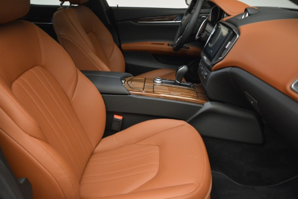 Used 2017 Maserati Ghibli S Q4 for sale $45,900 at Rolls-Royce Motor Cars Greenwich in Greenwich CT 06830 21