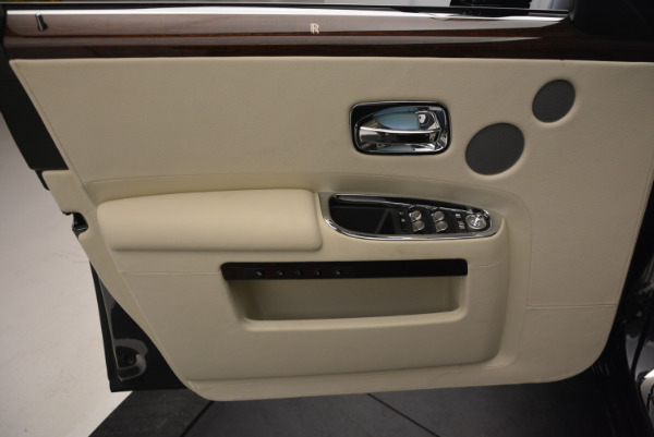 Used 2013 Rolls-Royce Ghost for sale Sold at Rolls-Royce Motor Cars Greenwich in Greenwich CT 06830 21