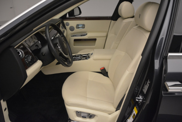 Used 2013 Rolls-Royce Ghost for sale Sold at Rolls-Royce Motor Cars Greenwich in Greenwich CT 06830 24
