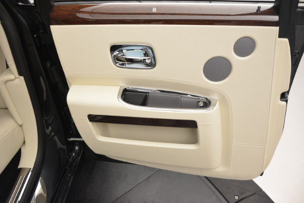 Used 2013 Rolls-Royce Ghost for sale Sold at Rolls-Royce Motor Cars Greenwich in Greenwich CT 06830 26