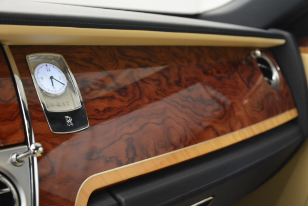 Used 2016 Rolls-Royce Ghost EWB for sale Sold at Rolls-Royce Motor Cars Greenwich in Greenwich CT 06830 24