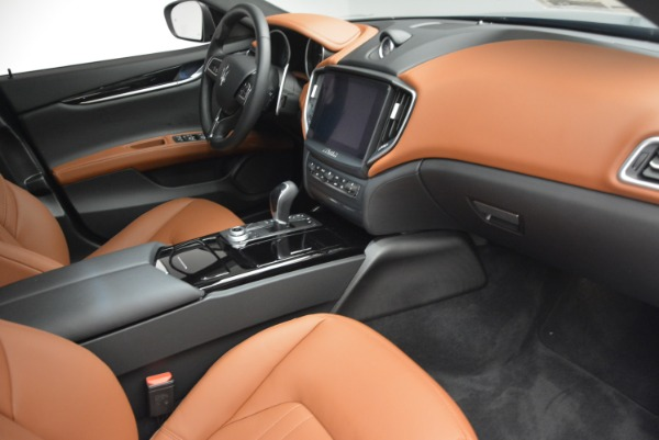 New 2017 Maserati Ghibli S Q4 for sale Sold at Rolls-Royce Motor Cars Greenwich in Greenwich CT 06830 21