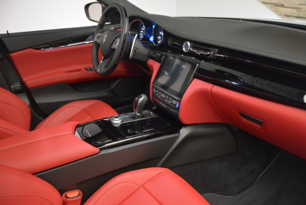 New 2017 Maserati Quattroporte S Q4 GranSport for sale Sold at Rolls-Royce Motor Cars Greenwich in Greenwich CT 06830 19