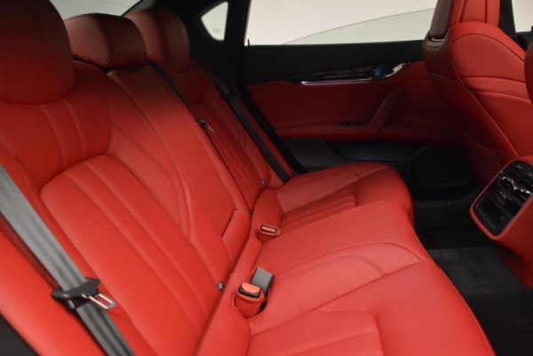 New 2017 Maserati Quattroporte S Q4 GranSport for sale Sold at Rolls-Royce Motor Cars Greenwich in Greenwich CT 06830 23