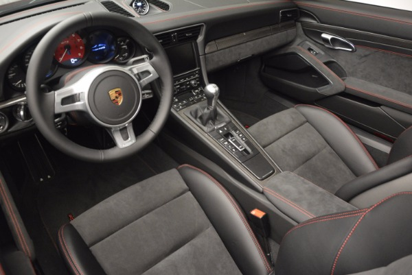 Used 2016 Porsche 911 Targa 4 GTS for sale Sold at Rolls-Royce Motor Cars Greenwich in Greenwich CT 06830 24