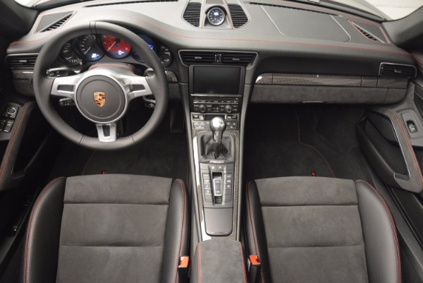 Used 2016 Porsche 911 Targa 4 GTS for sale Sold at Rolls-Royce Motor Cars Greenwich in Greenwich CT 06830 25