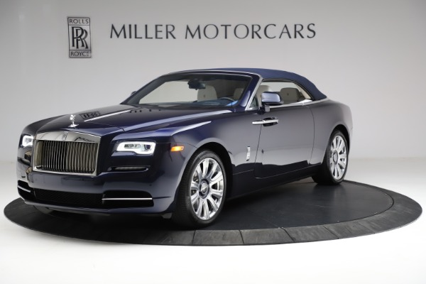 Used 2017 Rolls-Royce Dawn for sale Call for price at Rolls-Royce Motor Cars Greenwich in Greenwich CT 06830 15