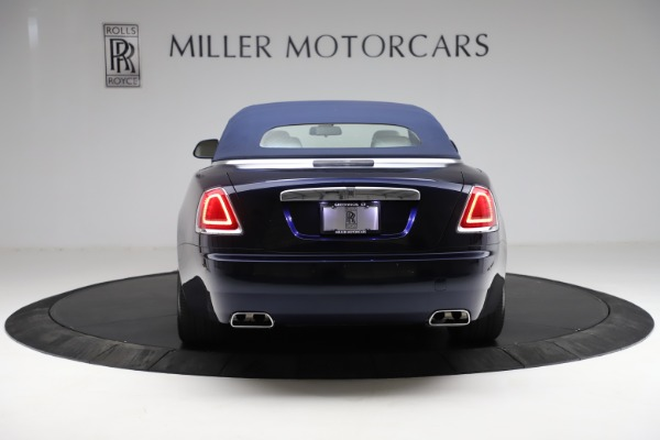 Used 2017 Rolls-Royce Dawn for sale Call for price at Rolls-Royce Motor Cars Greenwich in Greenwich CT 06830 19