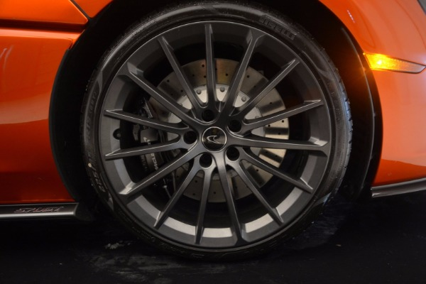 Used 2017 McLaren 570GT Coupe for sale $139,900 at Rolls-Royce Motor Cars Greenwich in Greenwich CT 06830 21