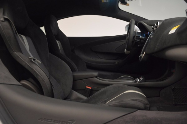 Used 2017 McLaren 570S Coupe for sale $149,900 at Rolls-Royce Motor Cars Greenwich in Greenwich CT 06830 19