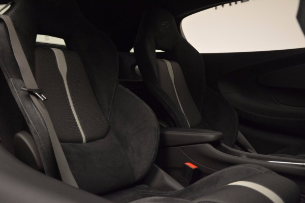 Used 2017 McLaren 570S Coupe for sale $149,900 at Rolls-Royce Motor Cars Greenwich in Greenwich CT 06830 20