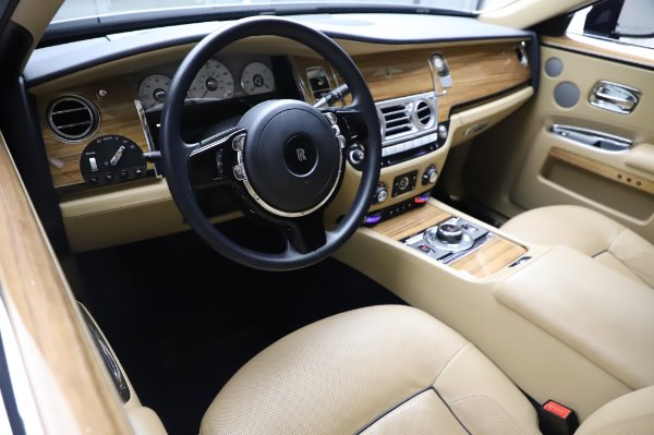 Used 2014 Rolls-Royce Ghost V-Spec for sale Call for price at Rolls-Royce Motor Cars Greenwich in Greenwich CT 06830 11
