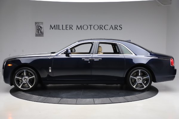 Used 2014 Rolls-Royce Ghost V-Spec for sale Call for price at Rolls-Royce Motor Cars Greenwich in Greenwich CT 06830 3