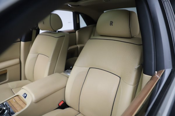 Used 2014 Rolls-Royce Ghost V-Spec for sale Call for price at Rolls-Royce Motor Cars Greenwich in Greenwich CT 06830 9
