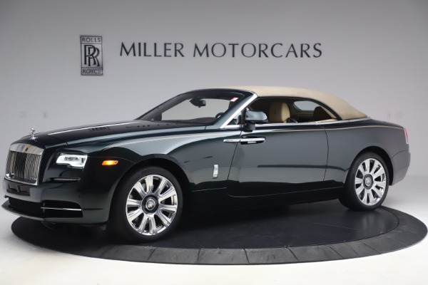 Used 2017 Rolls-Royce Dawn for sale $248,900 at Rolls-Royce Motor Cars Greenwich in Greenwich CT 06830 17