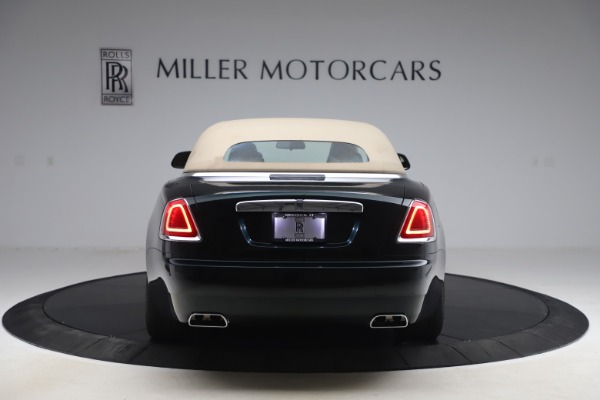 Used 2017 Rolls-Royce Dawn for sale $248,900 at Rolls-Royce Motor Cars Greenwich in Greenwich CT 06830 21