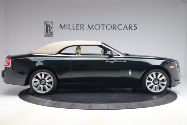 Used 2017 Rolls-Royce Dawn for sale $248,900 at Rolls-Royce Motor Cars Greenwich in Greenwich CT 06830 24