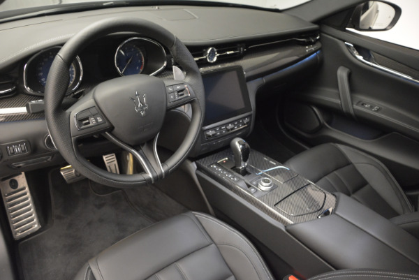 New 2017 Maserati Quattroporte S Q4 GranSport for sale Sold at Rolls-Royce Motor Cars Greenwich in Greenwich CT 06830 22