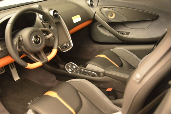 New 2017 McLaren 570GT for sale Sold at Rolls-Royce Motor Cars Greenwich in Greenwich CT 06830 16