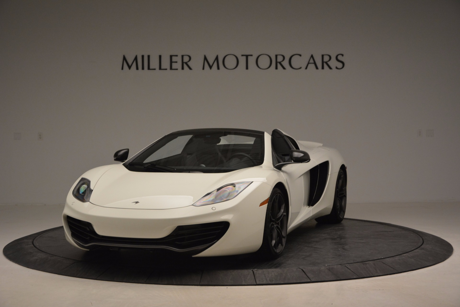 Used 2014 McLaren MP4-12C Spider for sale Sold at Rolls-Royce Motor Cars Greenwich in Greenwich CT 06830 1