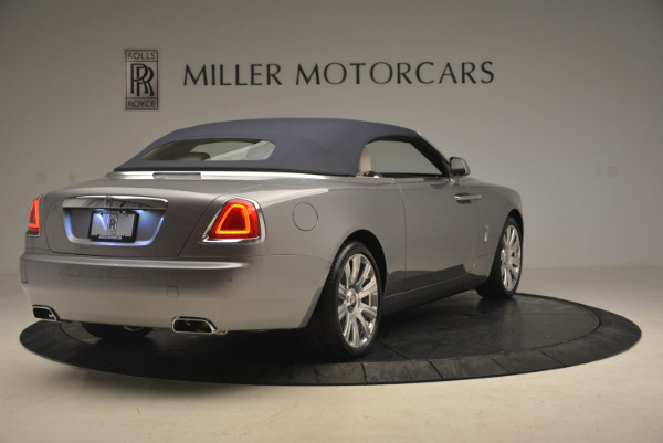 Used 2017 Rolls-Royce Dawn for sale $245,900 at Rolls-Royce Motor Cars Greenwich in Greenwich CT 06830 19