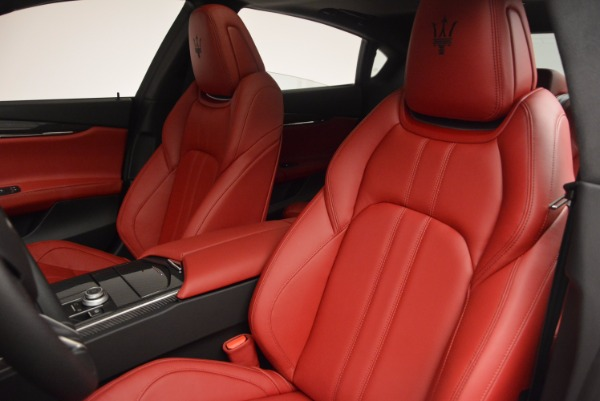 New 2017 Maserati Quattroporte S Q4 GranSport for sale Sold at Rolls-Royce Motor Cars Greenwich in Greenwich CT 06830 15