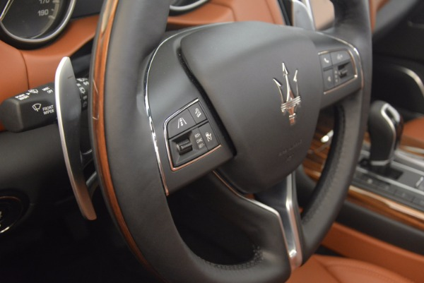 New 2017 Maserati Levante S Q4 for sale Sold at Rolls-Royce Motor Cars Greenwich in Greenwich CT 06830 19