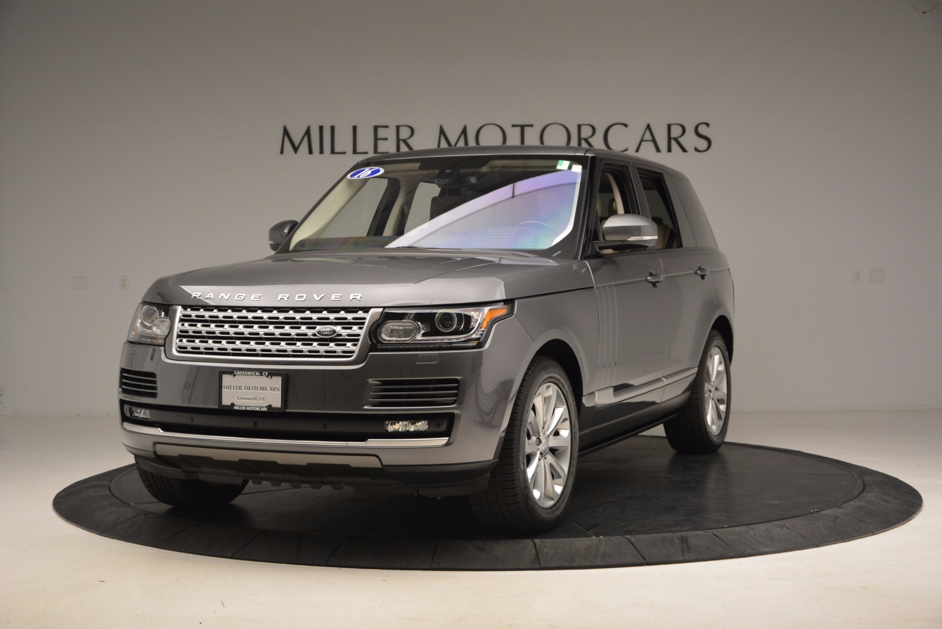Used 2016 Land Rover Range Rover HSE TD6 for sale Sold at Rolls-Royce Motor Cars Greenwich in Greenwich CT 06830 1