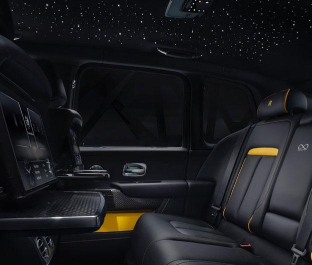 Rolls-Royce Wraith Black Bagde Dashboard
